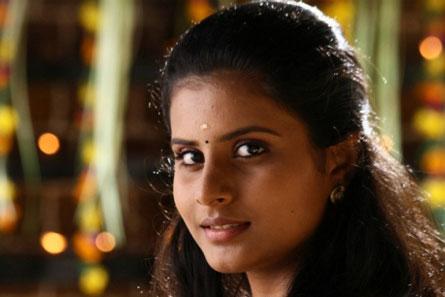 Kerala-Natilam-Pengaludane-fi