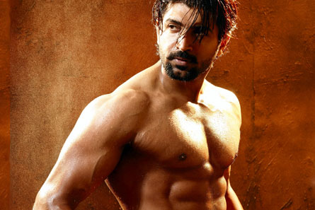 Arunvijay--Six-Pack-fi