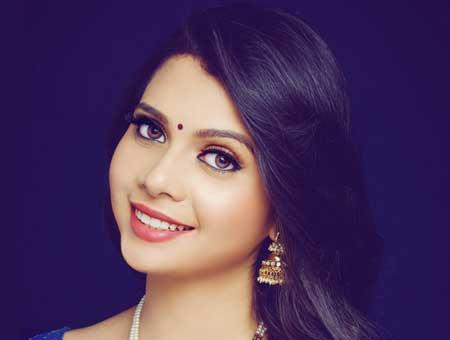 Shreya-Gupta-fi
