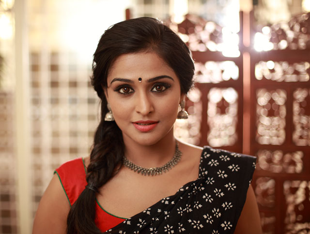 Remya-Nambeesan-Photo-fi
