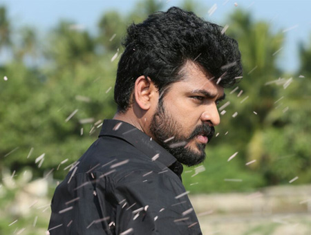 Mannar-vagaiyara-movie stills fi