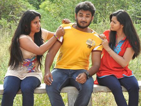 Ayyanar-Veethi-review-fi
