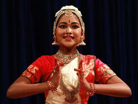 Madhumitha-Arangetram-fi