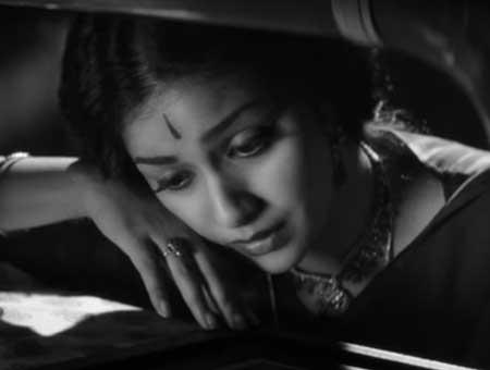 Nadigaiyar-thilagam-teaser-fi