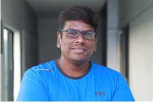 Dha-Dha-87-director