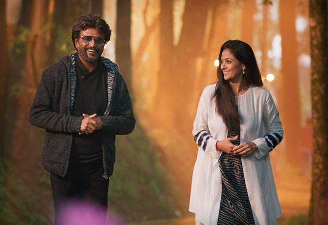petta-movie-review-1