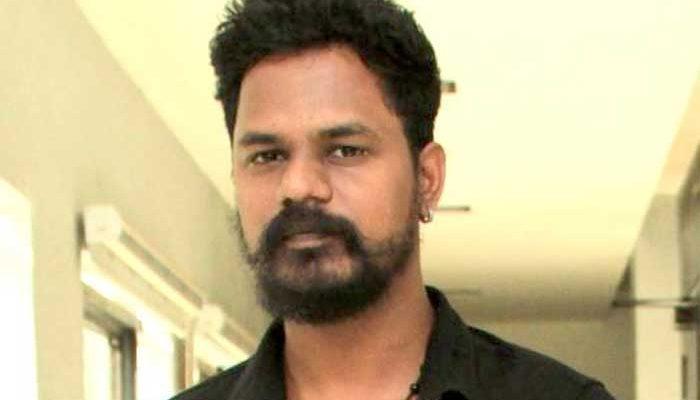Director-Sathish-karna