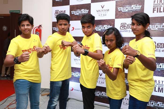 Ezhumin-students---Vivek